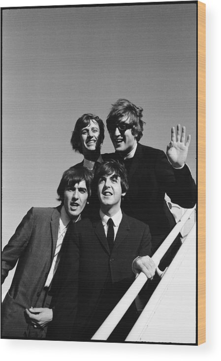 People Wood Print featuring the photograph Beatles Arriving At Los Angeles Airport by Bill Ray