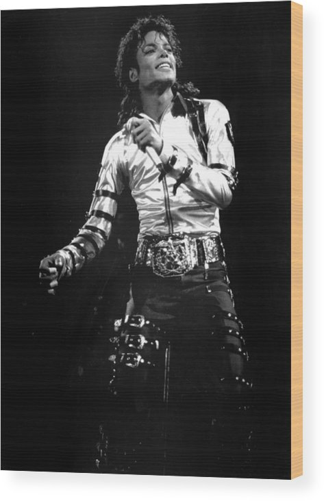 1980-1989 Wood Print featuring the photograph Views Of Michael Jackson Concert During by New York Daily News Archive