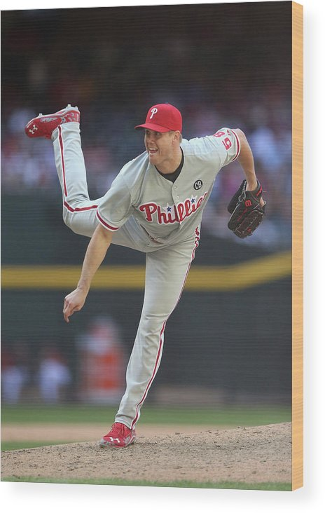 Relief Pitcher Wood Print featuring the photograph Jonathan Papelbon by Christian Petersen