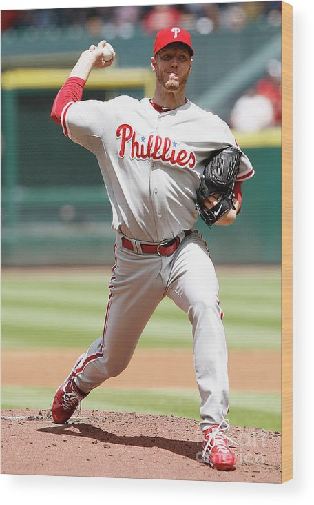 Minute Maid Park Wood Print featuring the photograph Roy Halladay by Bob Levey