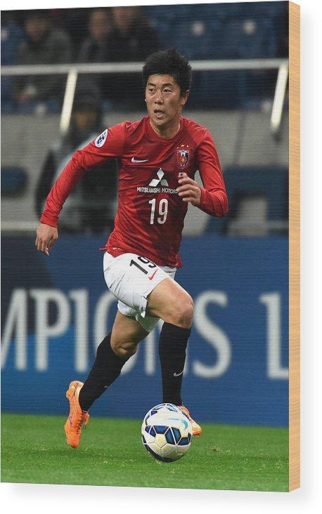 Saitama City Wood Print featuring the photograph Urawa Red Diamonds v Beijing Guoan - AFC Champions League Group G by Etsuo Hara