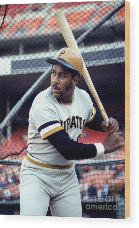 Baseball Cage Wood Print featuring the photograph Willie Stargell by Michael Zagaris