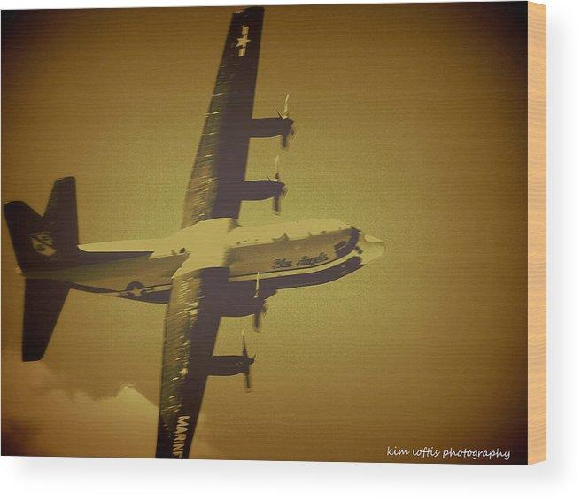Air Show Wood Print featuring the photograph Airpower 2 by Kim Loftis