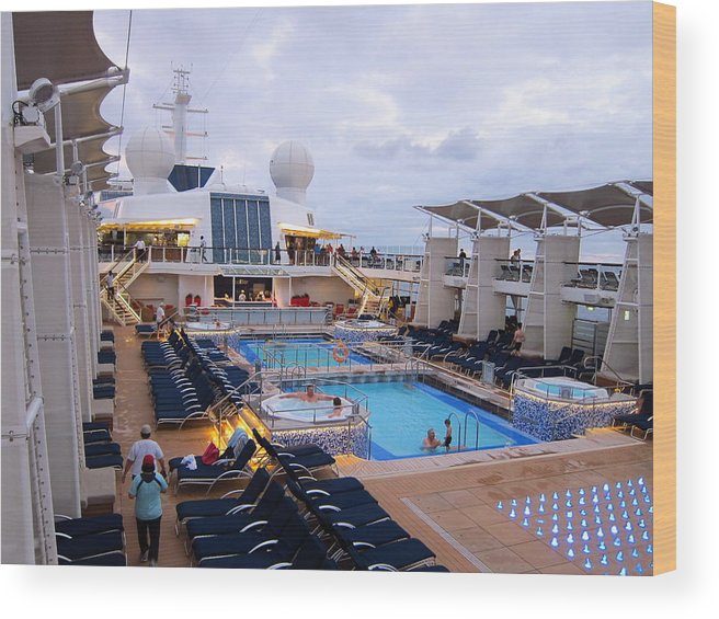 Cruise Wood Print featuring the photograph Caribbean Cruise - On Board Ship - 1212101 by DC Photographer