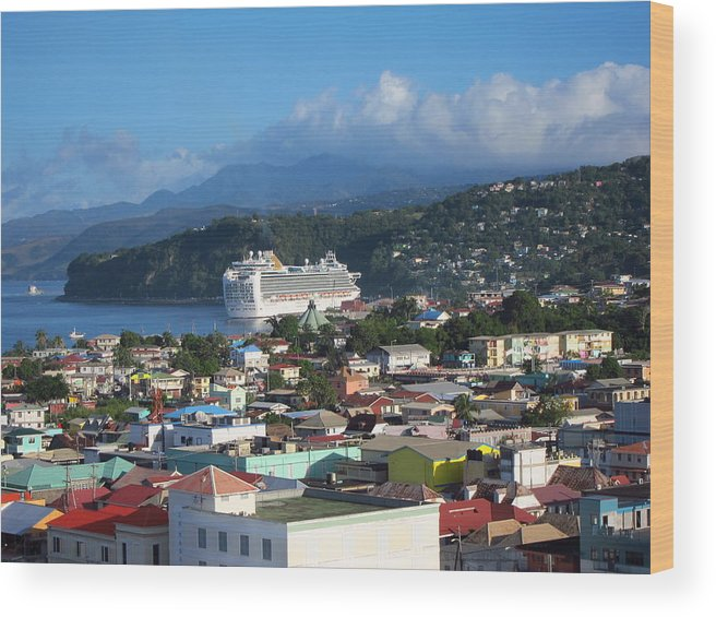 Cruise Wood Print featuring the photograph Caribbean Cruise - On Board Ship - 1212147 by DC Photographer