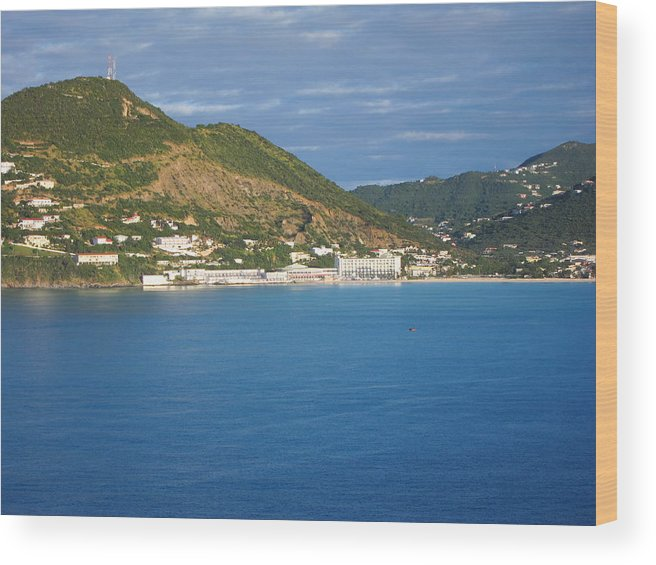 Cruise Wood Print featuring the photograph Caribbean Cruise - On Board Ship - 1212153 by DC Photographer