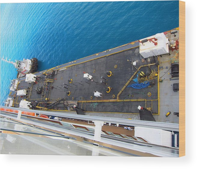 Cruise Wood Print featuring the photograph Caribbean Cruise - On Board Ship - 1212159 by DC Photographer