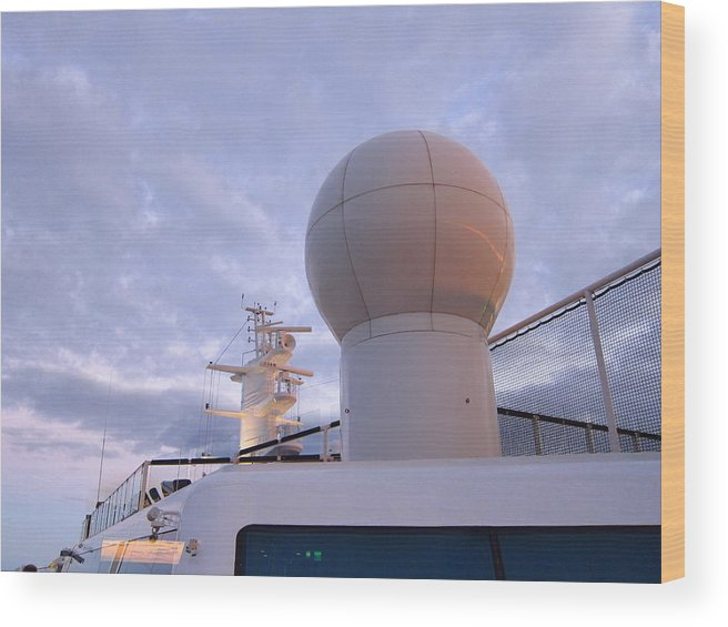 Cruise Wood Print featuring the photograph Caribbean Cruise - On Board Ship - 1212204 by DC Photographer