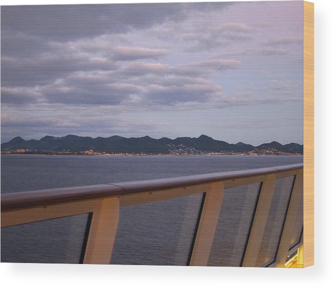 Cruise Wood Print featuring the photograph Caribbean Cruise - On Board Ship - 1212207 by DC Photographer