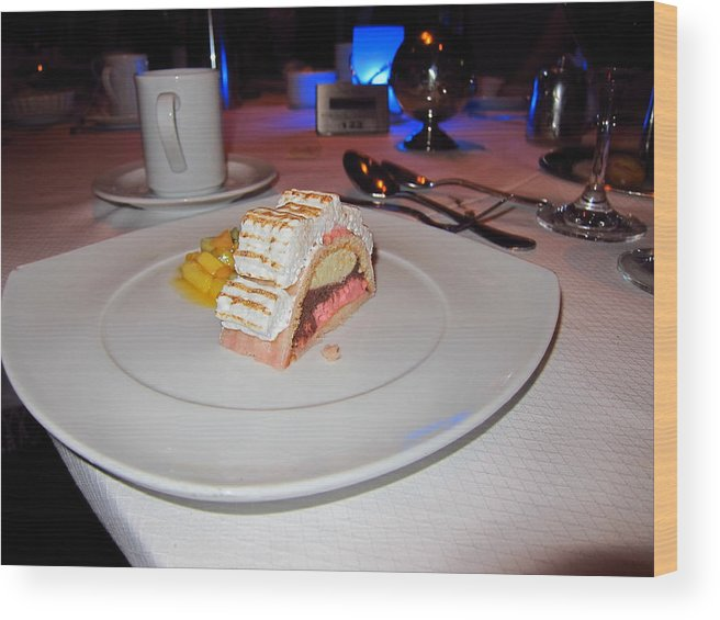 Cruise Wood Print featuring the photograph Caribbean Cruise - On Board Ship - 1212217 by DC Photographer