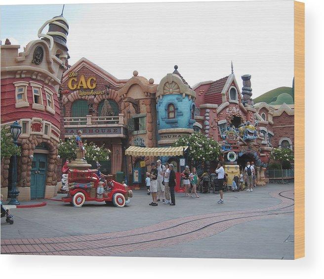 Amusement Wood Print featuring the photograph Disneyland Park Anaheim - 121232 by DC Photographer