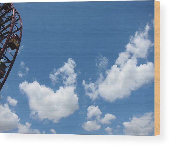 Amusement Wood Print featuring the photograph Disneyland Park Anaheim - 121264 by DC Photographer