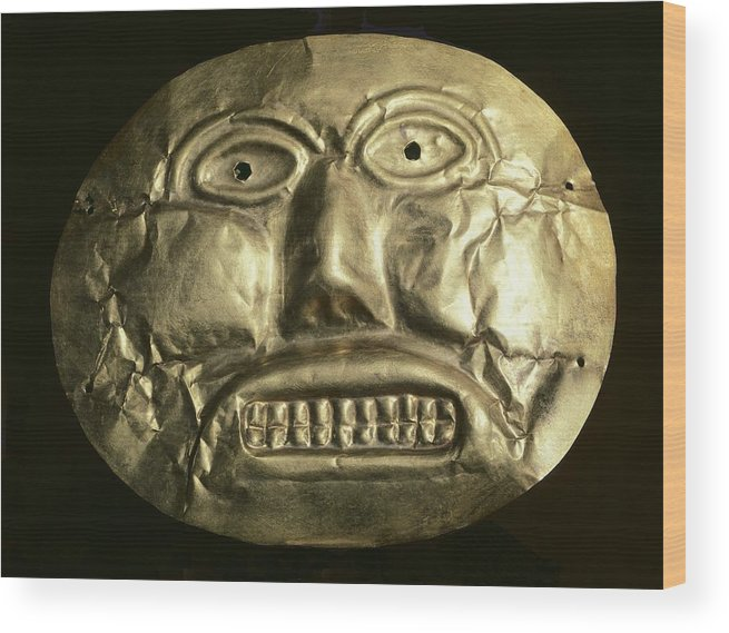 Horizontal Wood Print featuring the photograph Gold Ceremonial Mask. Calima Art by Everett