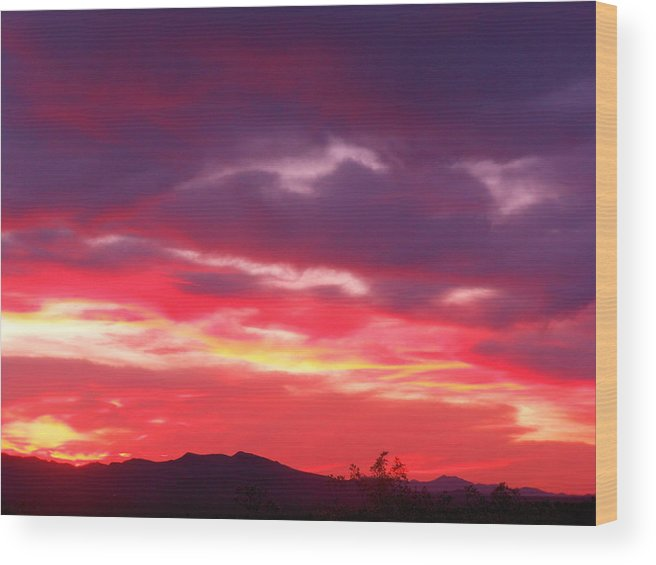 Good Wood Print featuring the photograph Vivid Sunset by James Welch