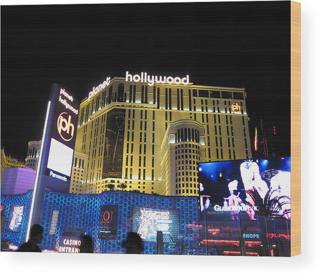 Las Wood Print featuring the photograph Las Vegas - Planet Hollywood Casino - 12122 by DC Photographer