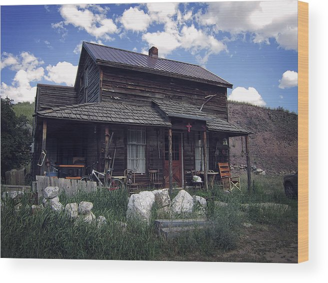 Montana Wood Print featuring the photograph Montana Home 2 by Daniel Hagerman