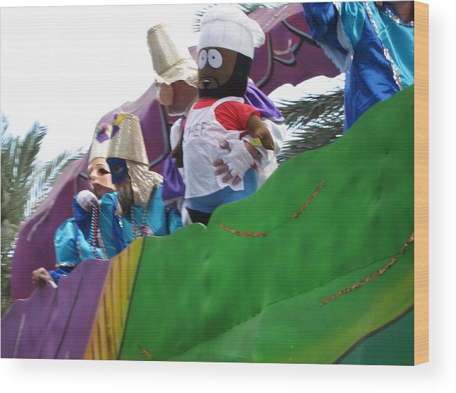 New Wood Print featuring the photograph New Orleans - Mardi Gras Parades - 121210 by DC Photographer
