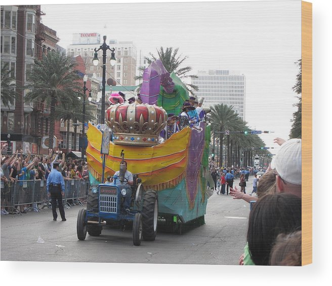 New Wood Print featuring the photograph New Orleans - Mardi Gras Parades - 12122 by DC Photographer