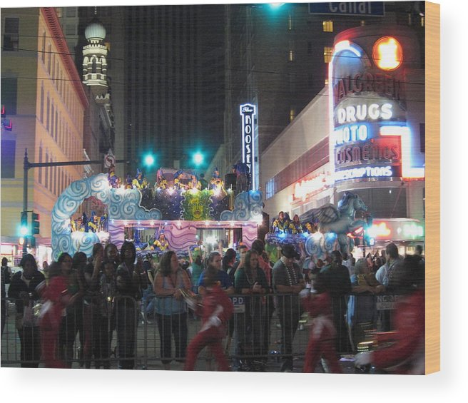 New Wood Print featuring the photograph New Orleans - Mardi Gras Parades - 121242 by DC Photographer