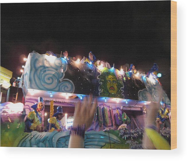 New Wood Print featuring the photograph New Orleans - Mardi Gras Parades - 121245 by DC Photographer