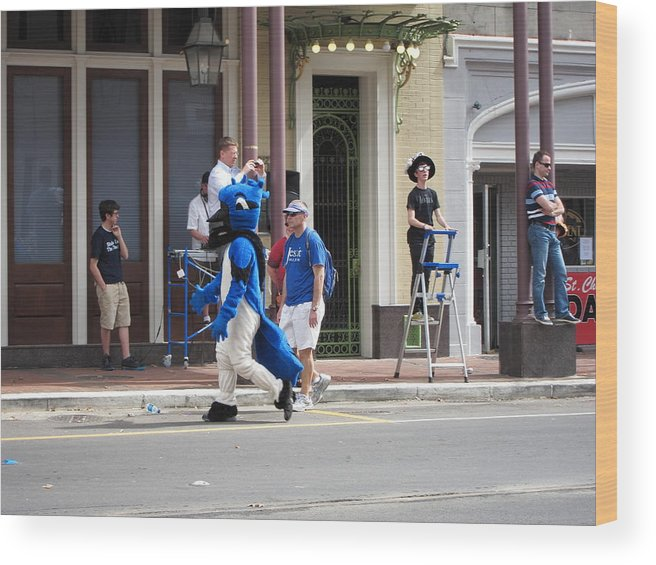 New Wood Print featuring the photograph New Orleans - Mardi Gras Parades - 121255 by DC Photographer