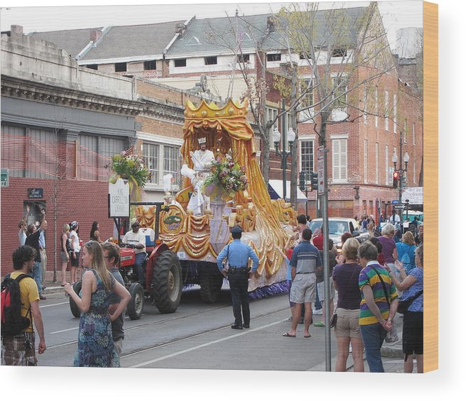 New Wood Print featuring the photograph New Orleans - Mardi Gras Parades - 121259 by DC Photographer