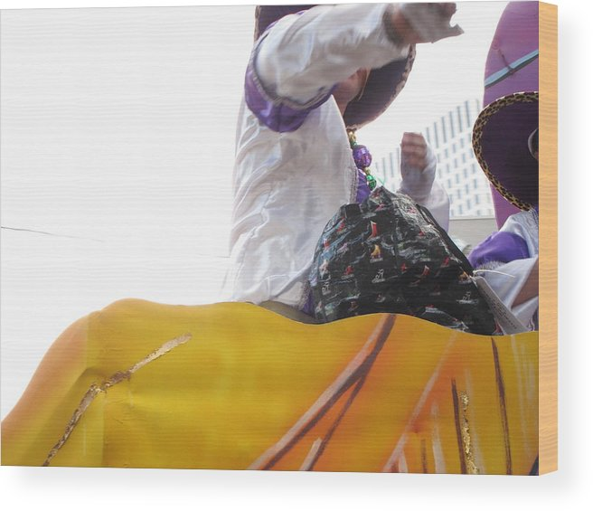 New Wood Print featuring the photograph New Orleans - Mardi Gras Parades - 12126 by DC Photographer