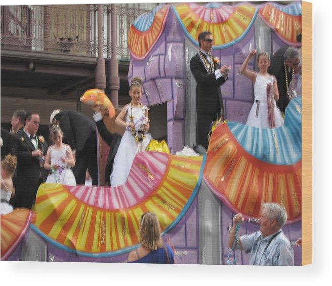 New Wood Print featuring the photograph New Orleans - Mardi Gras Parades - 121267 by DC Photographer