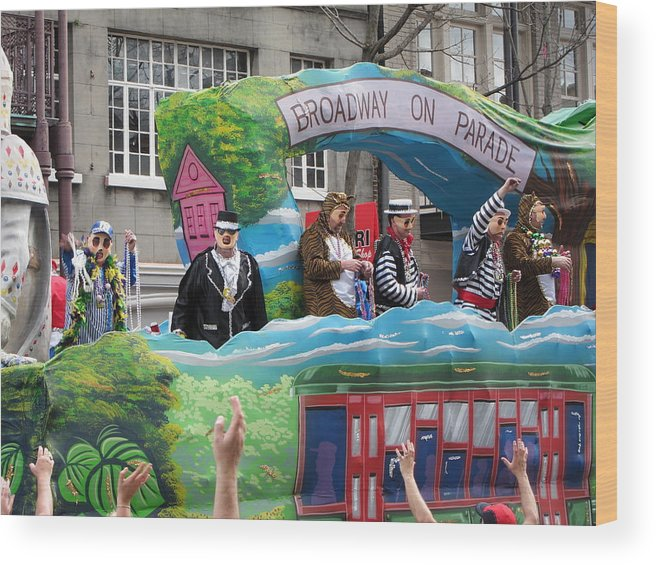 New Wood Print featuring the photograph New Orleans - Mardi Gras Parades - 121279 by DC Photographer