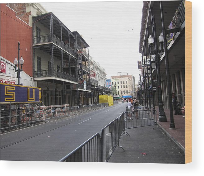 New Wood Print featuring the photograph New Orleans - Seen On The Streets - 121237 by DC Photographer