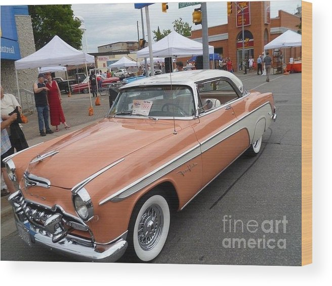 Car Wood Print featuring the photograph Peach Classic by Lingfai Leung