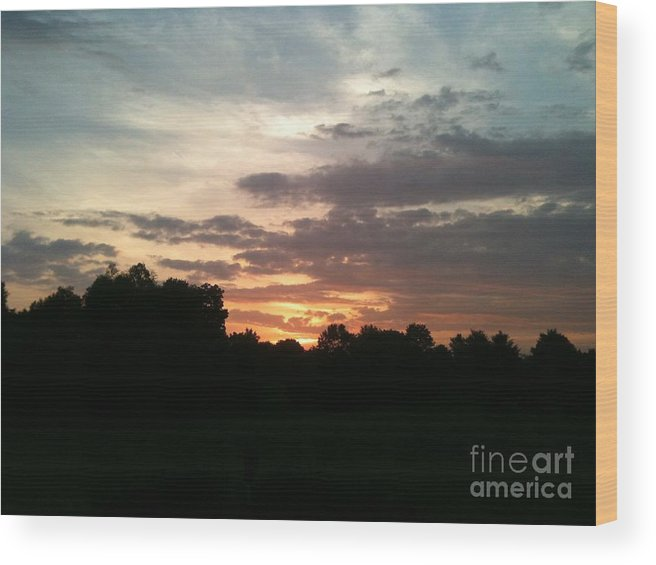 Sunrise Wood Print featuring the photograph Sunrise Coming by Valerie Brown