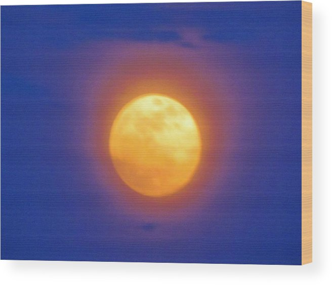 Unique Wood Print featuring the photograph Super Moon by Cynthia Guinn
