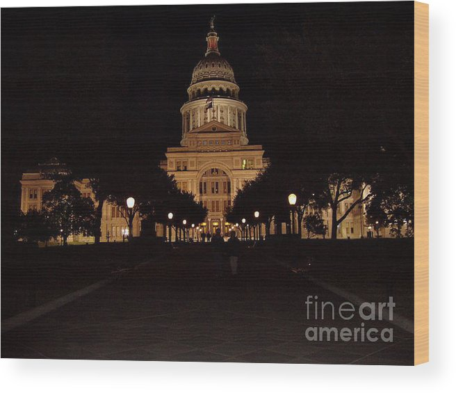 Texas State Capital Wood Print featuring the photograph Texas State Capital by John Telfer