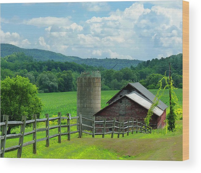 Old Barn With Fence And Silo Landscape - Mountains Wood Print featuring the photograph Vermont Welcome by Elaine Franklin