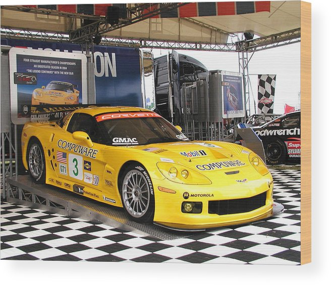 Corvette Racing Wood Print featuring the photograph Corvette Racing C5r by Kornel J Werner