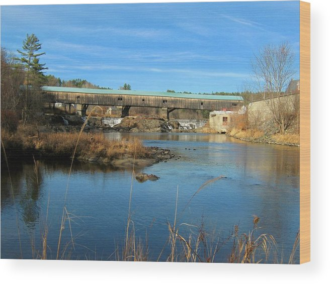 Nh Wood Print featuring the photograph Bath Covered Bridge by Wayne Toutaint