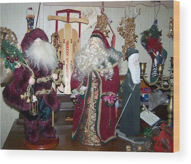 Digital Photography Christmas Artwork Wood Print featuring the photograph Santas Helpers by Laurie Kidd