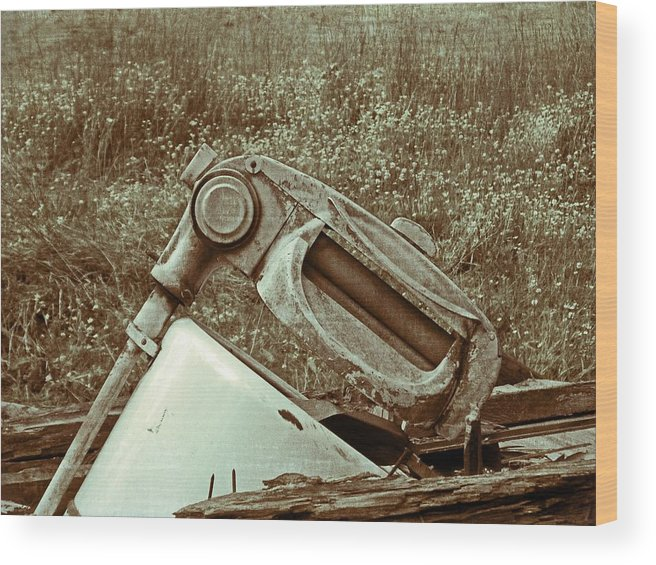 Antique Wood Print featuring the photograph Washing Day Vintage by Susan Leggett