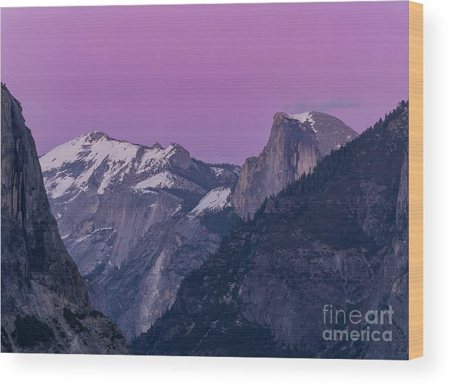 Nps Wood Print featuring the photograph Beauty Of Yosemite by Chon Kit Leong
