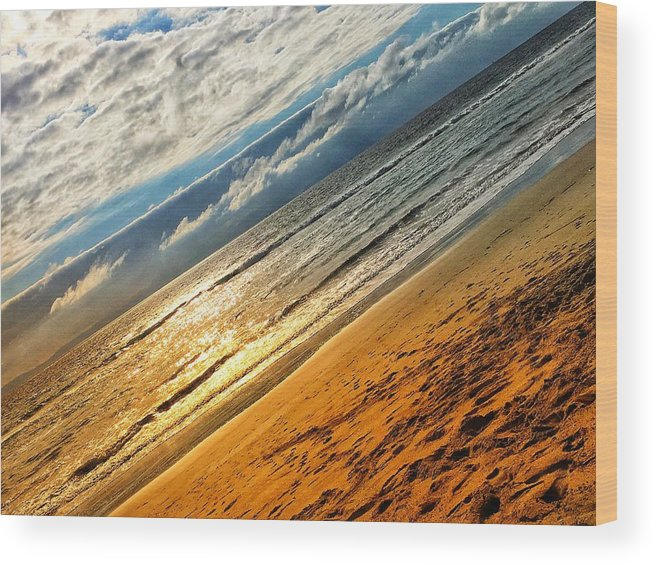 Beach Wood Print featuring the photograph A Dream At The Beach by Kory Redding