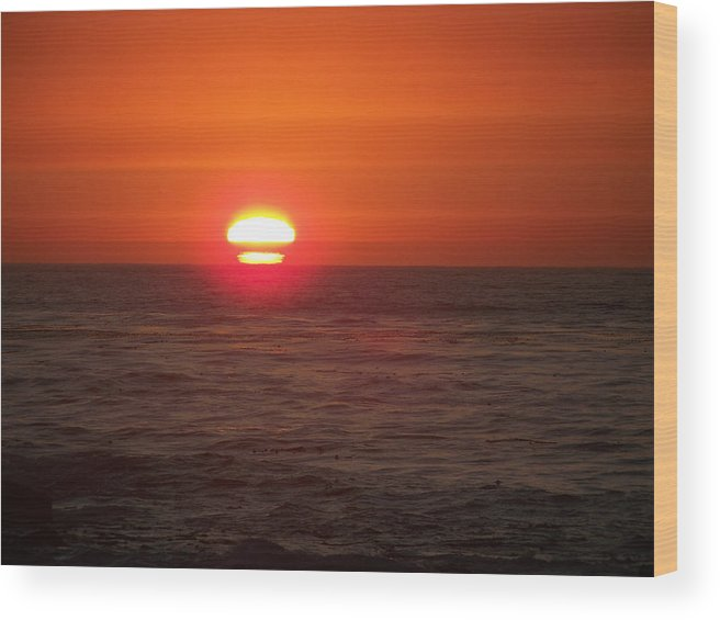 Landscape Sunset Seascapes Adventure Wood Print featuring the photograph Armageddon-quiet Moments With Color by Maggie Cruser