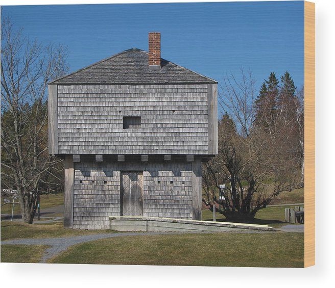 Block Wood Print featuring the photograph Block House by Melissa Parks