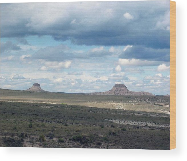 Big Sky Wood Print featuring the photograph Buttes by Margaret Fortunato