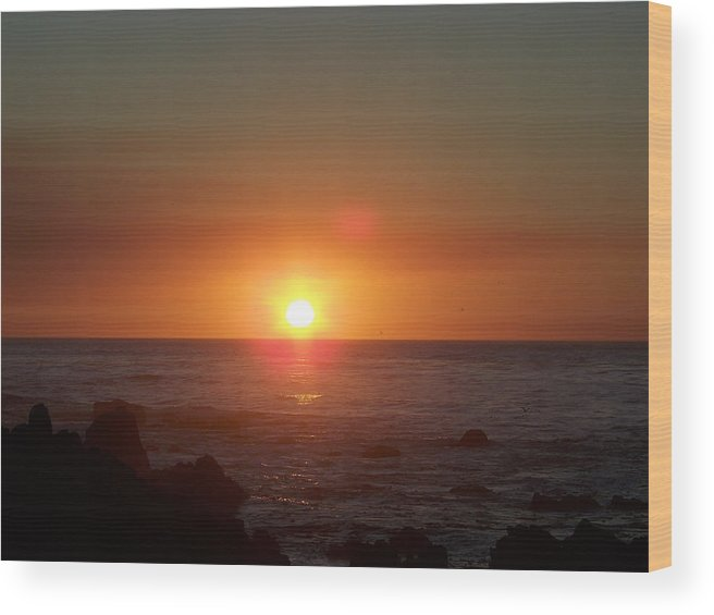 Sunsets Wood Print featuring the photograph Dark Glow by Maggie Cruser
