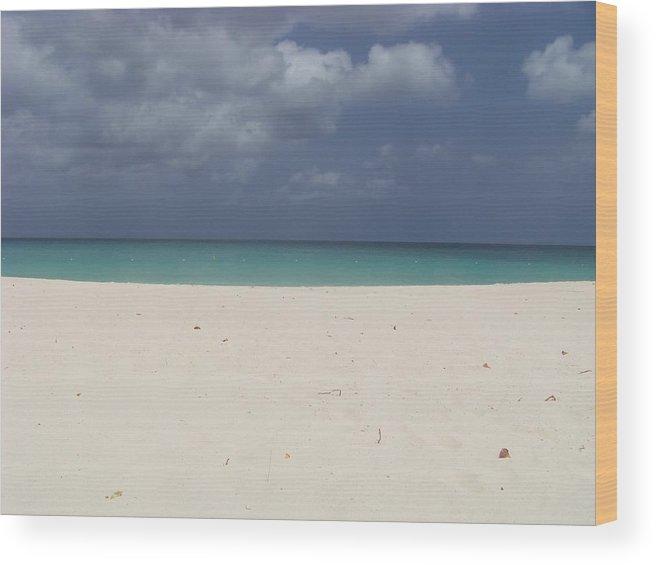 Aruba Wood Print featuring the photograph Eagle Beach Aruba by Donna Davis