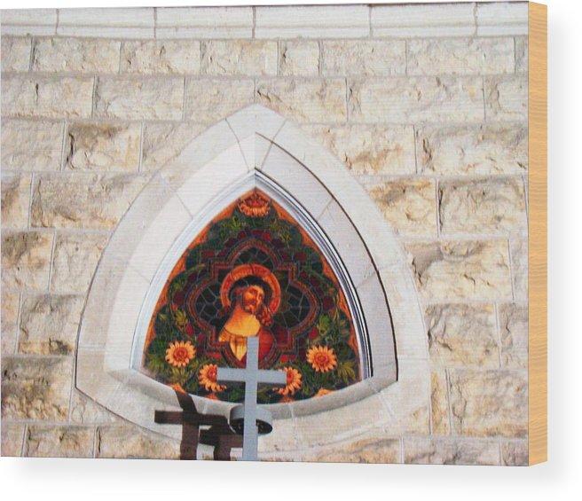 Cross Wood Print featuring the photograph Fredericksburg Cross by Ana Villaronga