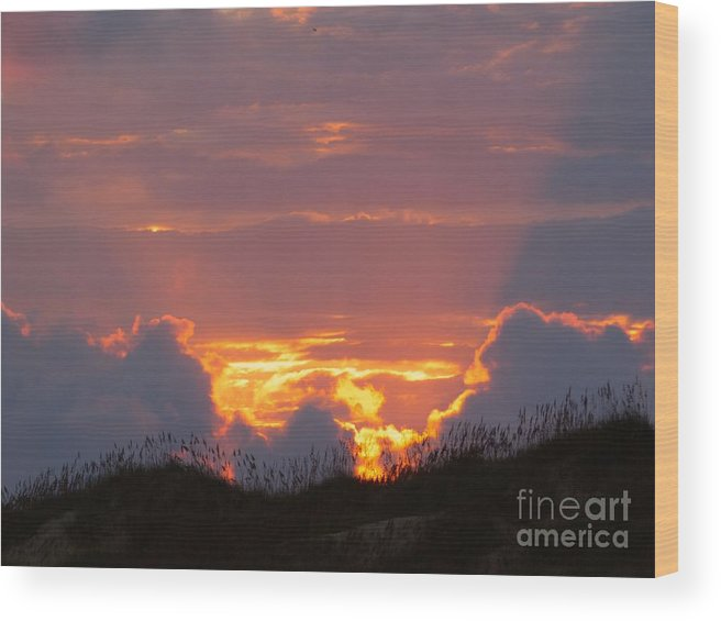Sunset Wood Print featuring the photograph Frisco Sunset by Jean Wright