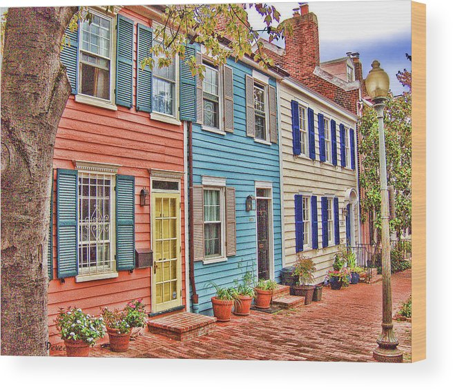 Georgetown Wood Print featuring the digital art Georgetown Row House by Doug Vance