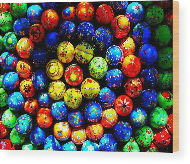 Easter Wood Print featuring the photograph Happy Easter by Juergen Weiss